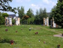 Urnenstelen in Jöllenbeck 1